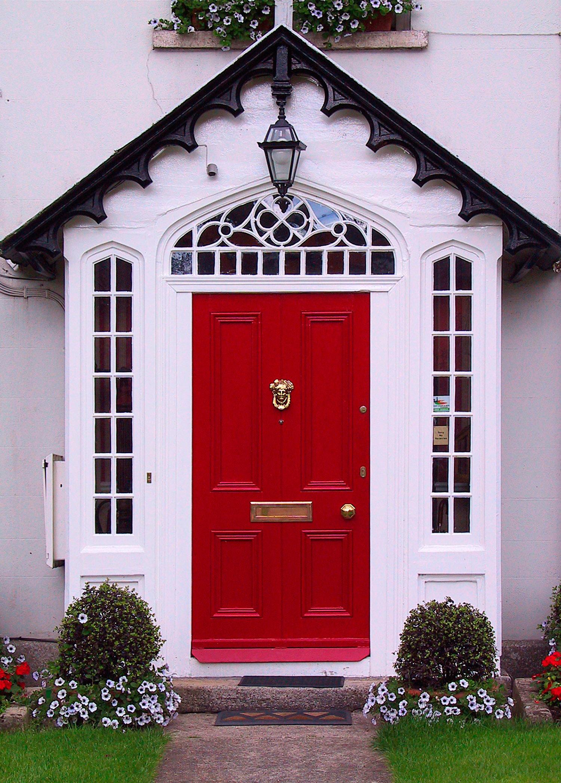 красная входная дверь купить